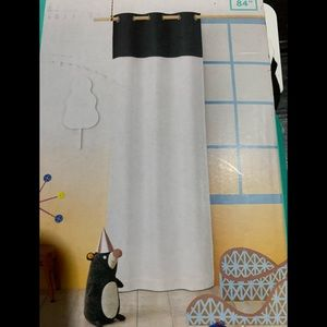 NWT pillow fort curtain panel (1)